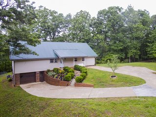 Less than five miles to Downtown Dahlonega, Perfect for large families