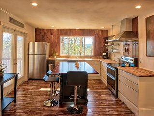 Highlands/Mirror Lake Retreat. Recently Renovated. Mountain and Lake Views.