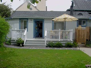 Charming & Private Santa Cruz Cottage 3 Blocks from the Beach