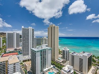 High Floor - 1 min to beach , Ocean view, kitchen