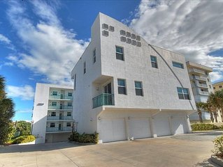 Amazing Townhouse Oceanfront Complex in Cocoa Beach