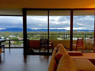 Large Modern 2 BR w/ Panoramic Views - Completely remodeled