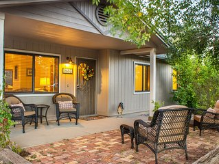 Rooster's Ranchette - Country Home on 1 Acre w/ AC, Mountain Views, dog friendly