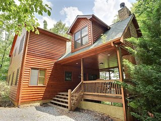 Stellar View 3300 sq ft Luxury Mountain Top Lodge with Amazing Long Range Views