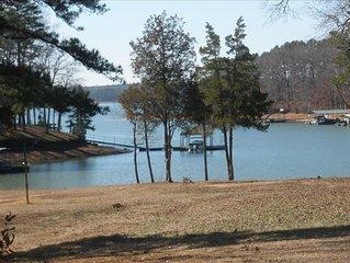 spacious lakefront home! Pet Friendly!