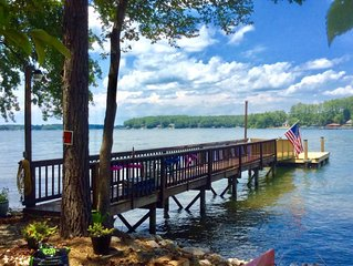 Step-A-Side 230 feet Expansive shore  Views on Lake Norman Deepwater Peninsula