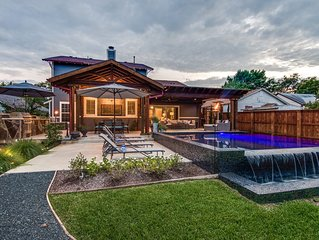 Gorgeous craftsman style home in Downtown Mckinney, just minutes from the square