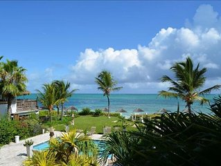 Beachfront:Tropical Reef 50 Feet Offshore. Nights Free in Summer