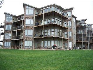 Best Rates! Best Lake View! Bridges Bay Condo #104. Walkout Unit, Waterpark-Pool