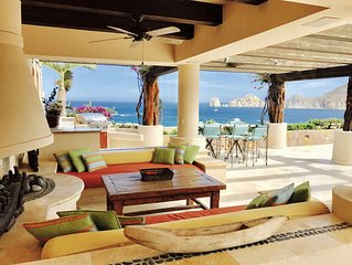 Fabulous Penthouse on the Beach in  Cabo San Lucas in 5 star resort