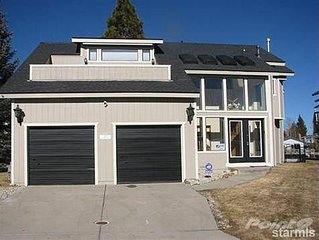 Remodeled Tahoe Home w/hot tub, minutes from skiing, fishing, gambling, & fun!