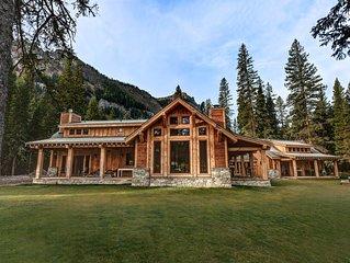 Creekside Luxury Mountain House. Sauna & Hot Tub near the creek