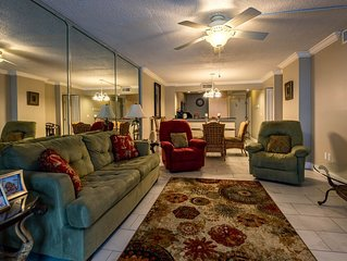 Beautifully decorated gulf-front condo