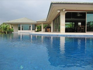 Retreat to Paradise - private pool, hot tub, easy beach access