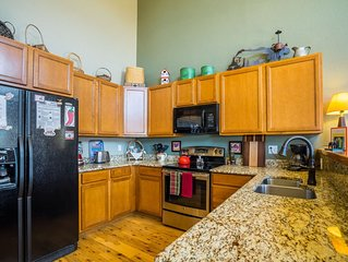 Cozy, family-friendly home close to RMNP/scenic trails/fishing/skiing/shops!!