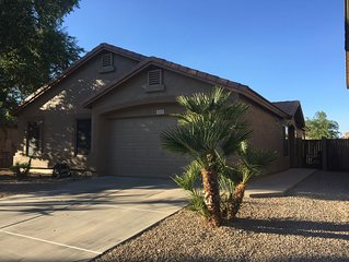 East Mesa Home With Beautiful Yard And Deep End Pool.  Blocks From Freeways