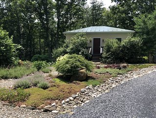 Beautiful, Remodeled Cottage in the Heart of Afton