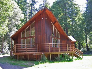 Private Mendocino home sits on16- acres/ Redwood Forest  w/Jacuzzi. Sleeps 6-8.