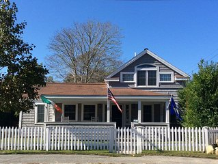 Historic  1860 Cottage By The Sea. UV sanitizer on site.