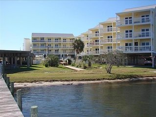 Family Friendly & Quiet Riverside Condo with Pool, Boat Slip & Fishing Pier