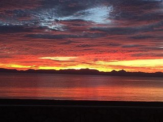 Sea of Cortez Ocean Paradise with Spectacular views, walk to town!