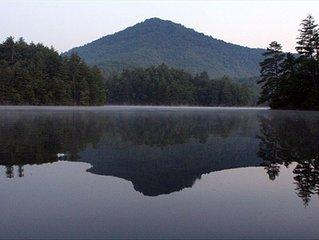 8 BR/8 Bath--Blue Boar Lodge Large Group Rental at Lake Santeetlah