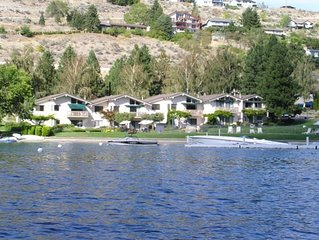 Lakefront 2B/2B Condo in Spader Bay Close to Downtown Chelan
