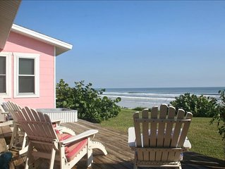 """The Little Pink House"": Oceanfront cottage 10 minutes from Daytona"