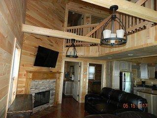 Chatt, TN 21 Miles! Indoor Pool,  Hot Tub, Fireplace, Firepit! Chatt TN 21 miles