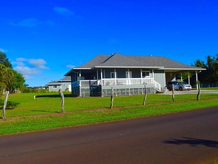 Maui Plantation Cottage Located Near Beach And Paia, Permitted Bbph 2017/0004
