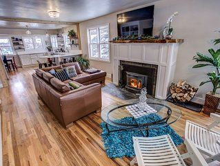 **New! Beautiful Fully Remodeled 3,000 sf Historic Home Downtown McCall w HotTub
