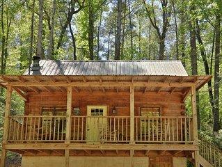 Yellow Door Cabin - a cabin getaway within walking distance of Townsend, TN