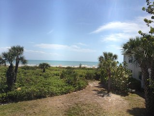 Gulf Front View-2BR/2BA Condo,Fantastic Beach! Large Pool!