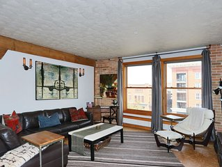 The Salt Flat, Upscale, Downtown Condo - Close to Everything and Great Ski Base