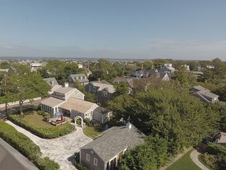 Prestigeous Cliff Road Location w/Short Stroll To All Town Docks & Activities