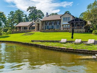 NEW LISTING: Gorgeous Luxury Home, Auburn side of Lake, Game Day