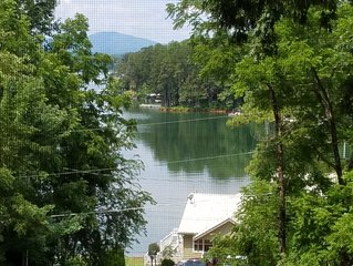 Reduced thru April $59 Lake Chatuge Country Cottages Little Red - FREE WIFI!