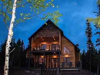 Lutsen Northwoods Retreat - Location! Location!! Firepit!!