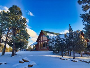 Timber Lodge:  Family Log Home with Amazing Views, Near Town, Air Conditioned
