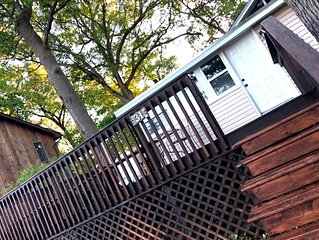 Awesome 3 Bedroom Cottage in the Heart of Grand Bend!