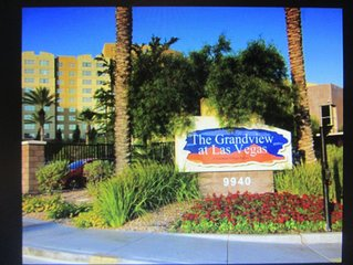Las Vegas Vacation Resort 2BR Suite - Grandview (Next To South Point Casino)