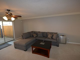 Golf, Dining, Shopping, and more! Extremely clean and fully furnished.