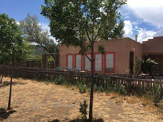 Casita in Taos, near Hospital and Historic district