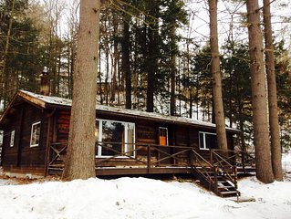 Charming Cabin with Great Location! Two Miles from Sugarbush.