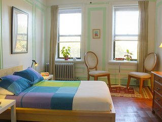 Bright and spacious room with breakfast in Manhattan, New York