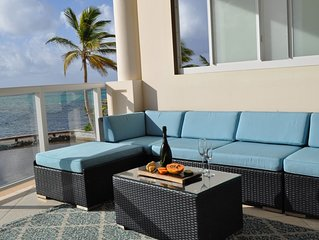 Superior Ocean Front 1 BR/1.5 BA unit in Belize's Resort of the Year