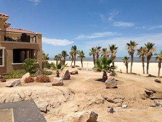 Villa 72-3 ON THE BEACH sleeps 8 WIFI