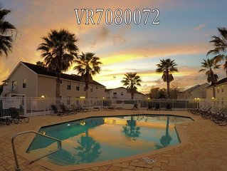 Disney Area Villa-Condo with cathedral clgs ***MONTHLY SPECIALS NOW AVAILABLE***