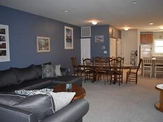 4bed 3.5 bath townhouse with pool just blocks away from Morey's Pier