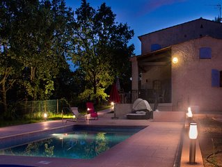 Beautiful Provencal Villa With Heated Pool.